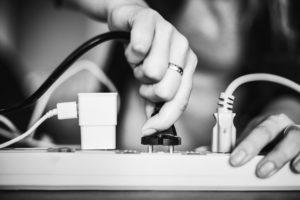 セブ島留学で気になるコンセント・電圧・変圧器事情を徹底的に解説